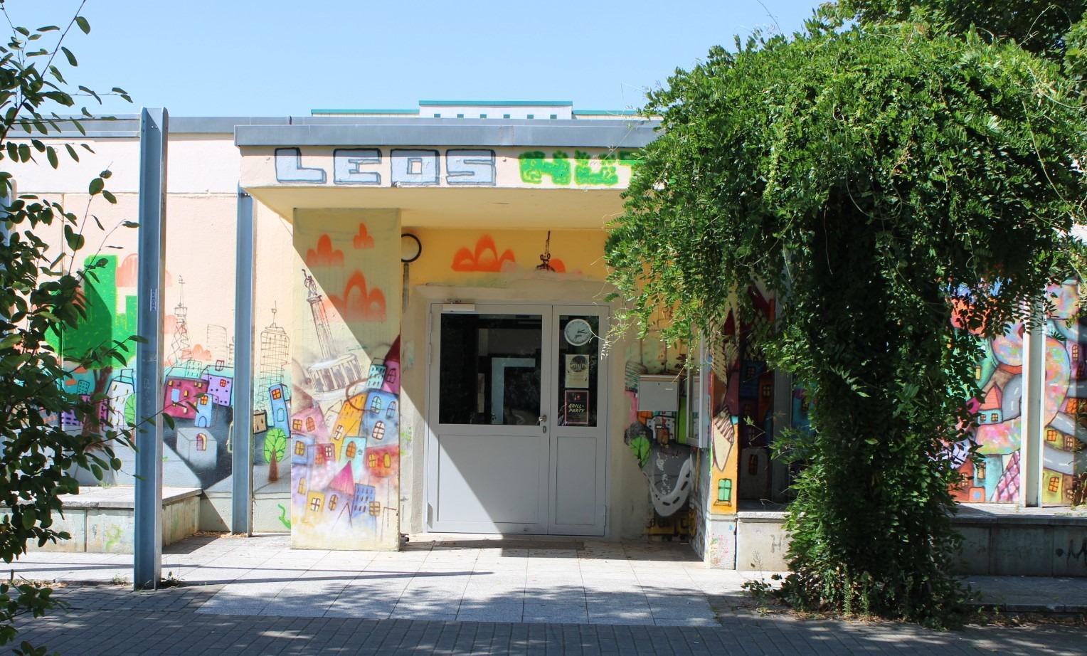 Leos-Hütte-Eingang